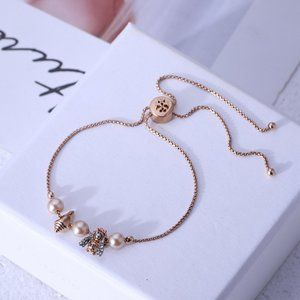 Tory Burch Bee Conch Shape Pearl Bracelet